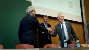 Me Edmond Jacoby, Vice-président du Conseil supérieur du notariat und Prof. Dr. Uwe Hartmann, Vize-Präsident der Universität des Saarlandes